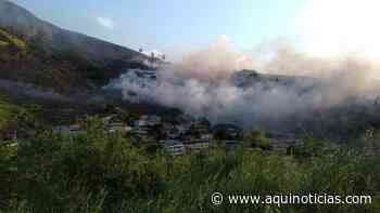 Incêndio atinge Morro das Andorinhas em Cachoeiro de Itapemirim - Aqui Notícias - www.aquinoticias.com