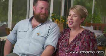 "Erin and Ben Napier on rebuilding their ""Home Town"" - CBS News"