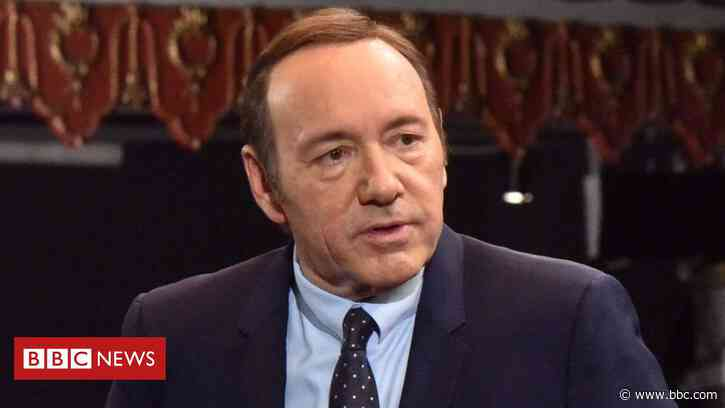 Kevin Spacey set for acting return in Italian film - BBC News