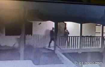 Casal é feito refém por dupla armada em Pilar do Sul - G1