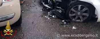 Scontro tra due auto a Villongo, ferite tre donne - L'Eco di Bergamo