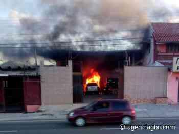 SUSTO: loja pega fogo em Sapucaia do Sul - Agência GBC