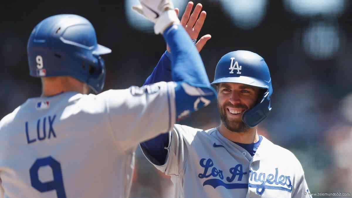 Dodgers vencen a San Francisco con ayuda de Lux y Urías - Telemundo 52