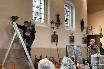 Fotoclub helpt bij inventaris Sint-Martinuskerk in Mettekove... (Heers) - Het Nieuwsblad