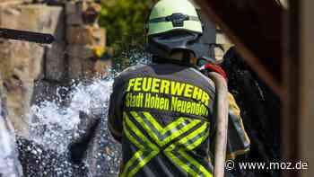 Polizei-Bericht: Gasflaschen explodieren beim Brand in einer Garage in Hohen Neuendorf - moz.de