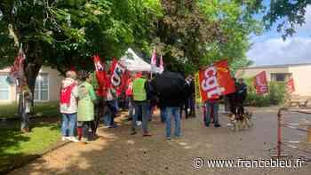 Saint-Junien : une manifestation pour demander plus de moyens en faveur de l'hôpital - France Bleu