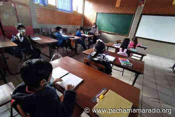 Yunguyo: advierten sanciones drásticas contra docentes que desarrollarían clases semi presenciales - Pachamama radio 850 AM