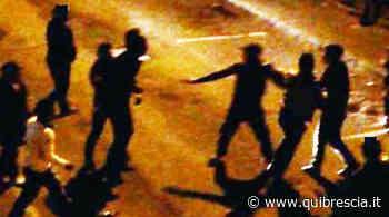 Montichiari, la piazza diventa un ring per giovani: arrivano i carabinieri - QuiBrescia.it