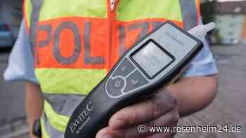 Raubling: Betrunkener Autofahrer aus Traunstein von Polizei gestoppt - Beleidigung und erheblicher Widerstand - rosenheim24.de