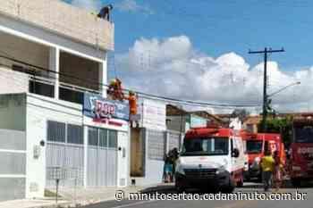 Pintor é socorrido após sofrer descarga elétrica em Santana do Ipanema - Cada Minuto