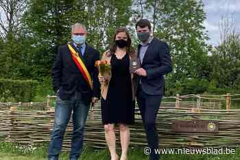Margit en Glenn huwen als eerste inwoners op locatie - Het Nieuwsblad