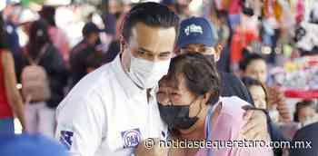 Visita tianguis de Sombrerete Luis Nava - Noticias de Querétaro