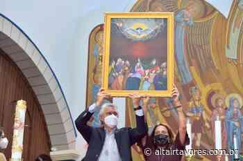 Caiado vai à Jaragua reinaugurar igreja - Altair Tavares