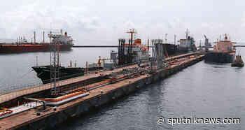 Russian City of Tuapse on High Alert Following Spilling of Oil Into Sea, Emergency Service Says - Sputnik International