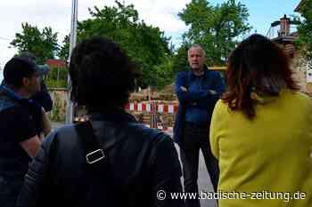 Mit dem Bürgermeister unterwegs auf Wahlkampf-Spaziergang - Ehrenkirchen - Badische Zeitung