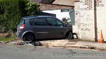 Une voiture s'encastre dans un portail à Friville-Escarbotin - Courrier Picard