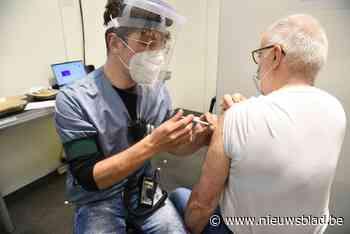 Bijna helft inwoners gevaccineerd, nu komt brede bevolking aan de beurt