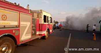 Salamanca: Camioneta se incendia y humo cubre carretera a Valle de Santiago - Periódico AM