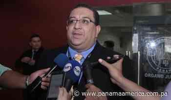 Fiscal Ricaurte González sigue violando derechos a Ricardo Martinelli - Panamá América