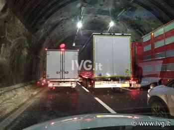 Ancora code sulla A10: auto ribaltata tra Voltri e Pegli, traffico bloccato anche tra Celle e Savona - IVG.it