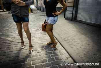 """Bendeleidster boezemde piepjonge prostituees angst in met weerzinwekkende voodoorituelen: """"Zij was de spin in het web"""""""