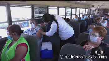 Vacunan a trabajadores de la industria maquiladora en 'El Chaparral' - Noticieros Televisa