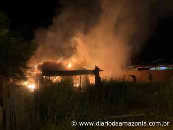 Em Cacoal, homem ateia fogo na própria casa - Diário da Amazônia