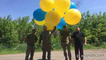 Volunteers, military send thousands of postcards to Donetsk - MENAFN.COM