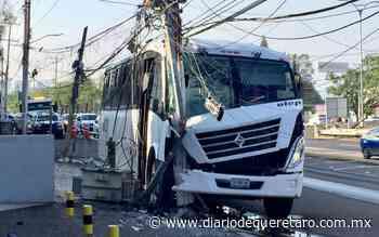 Choca y causa apagón en Arboledas - Diario de Querétaro