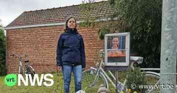 """Witte fiets weggenomen op herdenkingsplek van verongelukt meisje in Zemst, moeder verontwaardigd: """"Totaal respectloos"""" - VRT NWS"""