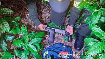Arrojan bolso con armamento en el sector La Garita, en Los Patios   La Opinión - La Opinión Cúcuta