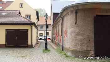 """Sanierung Beeskow: Beeskower Fachgeschäft """"Die Ecke"""" zieht an den Kirchplatz und bekommt ein Restaurant - moz.de"""