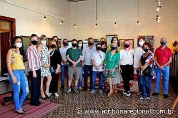 Exposição A mão que alimenta reúne 12 artistas - A Tribuna Regional