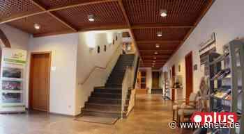 Rathaus in Schnaittenbach erhält einen Treppenlift - Onetz.de
