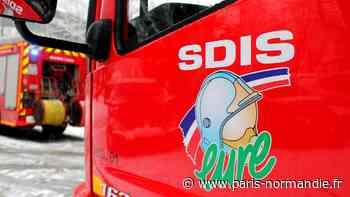 Une maison et un hangar agricole s'embrasent à Breteuil-sur-Iton : trois pompiers blessés - Paris-Normandie