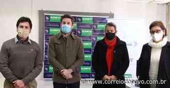 Alegrete cadastra profissionais da educação para vacinação contra a Covid-19 - Jornal Correio do Povo