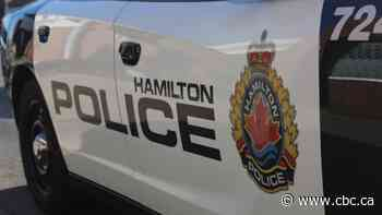 Driver dies of injuries after 3-vehicle crash in Stoney Creek - CBC.ca