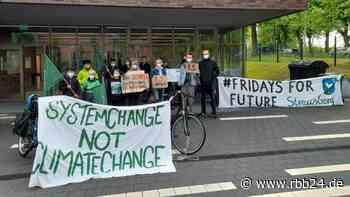 Klima-Ausschuss in Strausberg (Märkisch-Oderland): Aktivistinnen kämpfen fürs Klima in der Kommune - rbb24