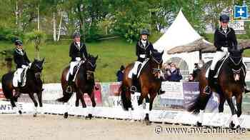 Pferdesport: Friesländerinnen überzeugen am Strand - Nordwest-Zeitung