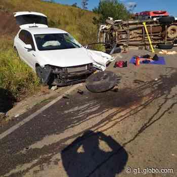 Acidente entre caminhonete e carro deixa duas mulheres feridas em Mairinque - G1