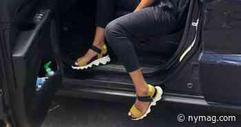Sorel Womens Kinetic Sandal Review 2021   The Strategist - New York Magazine