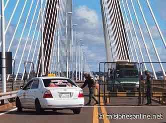 Gendarmería Nacional puso vallas en medio del puente Internacional Posadas-Encarnación - Misiones OnLine