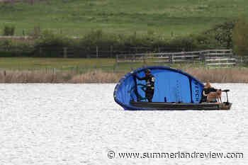 Downed parachuter on Swan Lake just a novice kite surfer – Summerland Review - Summerland Review