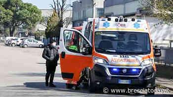 Infortunio sul lavoro in azienda: operaio portato in ambulanza al Civile - BresciaToday