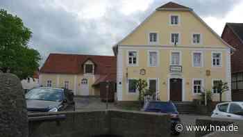 Historisches Rathaus in Landau wird rundum erneuert - HNA.de