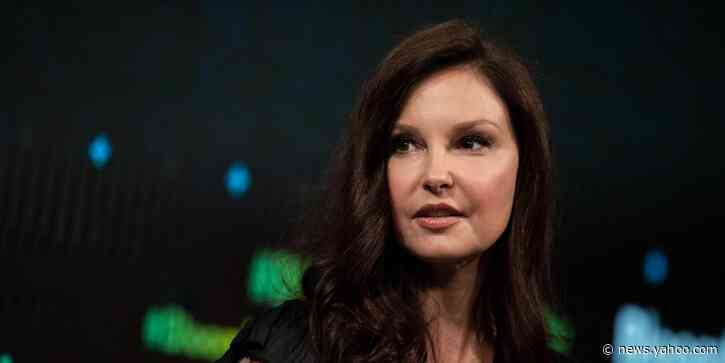 Ashley Judd shares new pics, details challenges of recovery 2 months after injury - Yahoo News