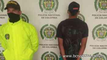 En Chinchiná capturaron a un extranjero portando un arma de fuego - BC Noticias