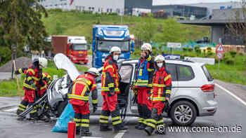 Kierspe/MK: Unfall beim Abbiegen auf B237 mit hohem Sachschaden - come-on.de