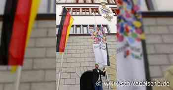 Bad Waldsee zeigt Flagge für Demokratie   schwäbische - Schwäbische