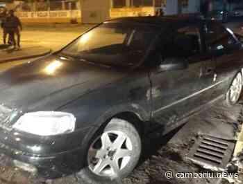 Homem tem carro baleado em tentativa de homicídio no Monte Alegre - Camboriú News